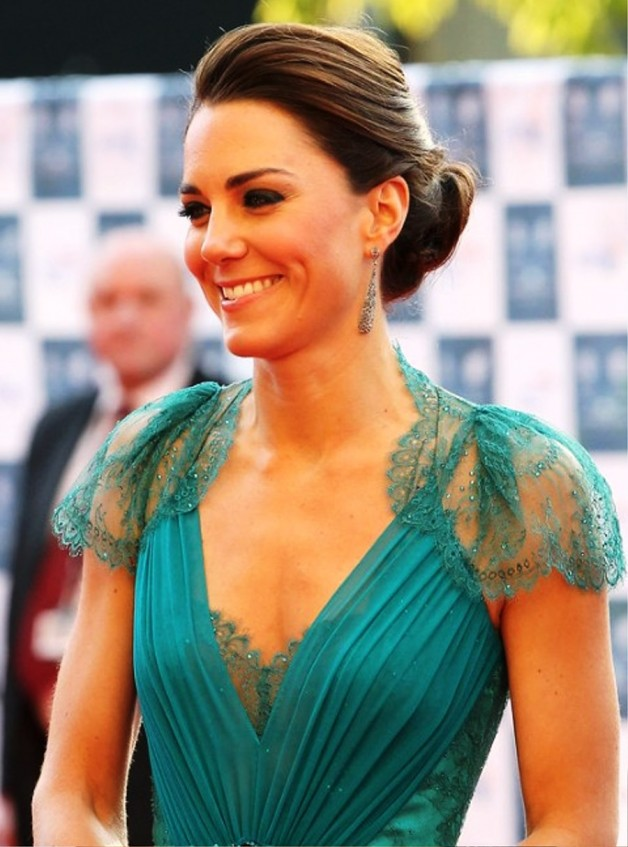 Kate Middleton Low Loose Bun Hairstyles For Wedding