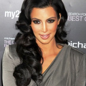 Kim Kardashian Long Black Hairstyle For Summer