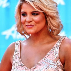 Lauren Alaina Shoulder Length Wavy Hairstyle
