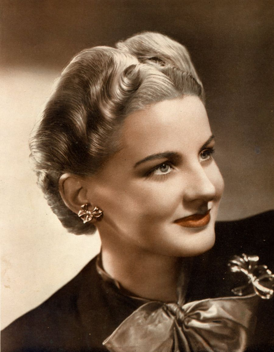 Pictures Of Long Hair 1950s Hairstyles
