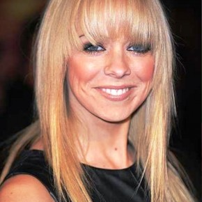 Long Straight Blonde Chic Hairstyles