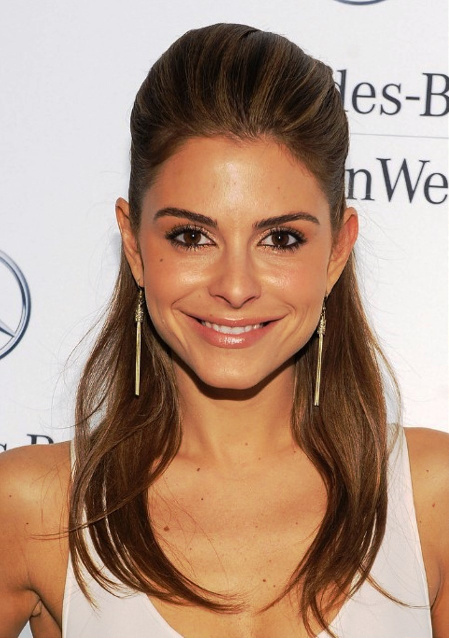 Maria Menounos Half Up Down Hairstyle For Long Straight Hair Pictures
