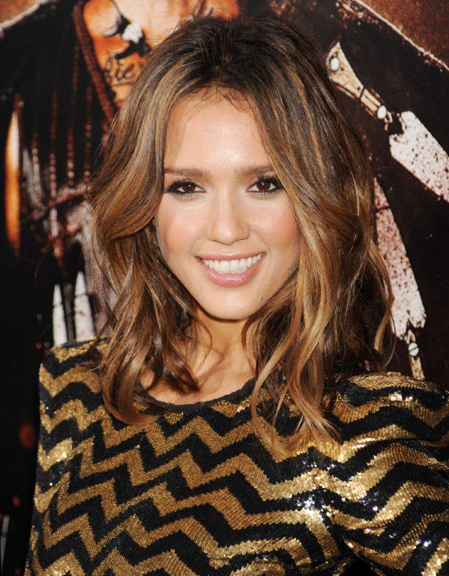 Pictures of medium length hair jessica alba medium length hair jessica alba pictures pmusecretfo Image collections