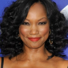 Medium Black Hairstyles for Round Face