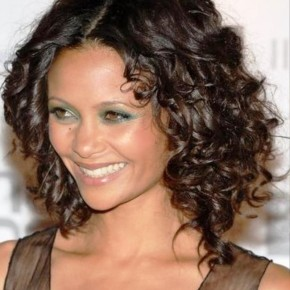 Medium Curly Hairstyles For Cute Girls