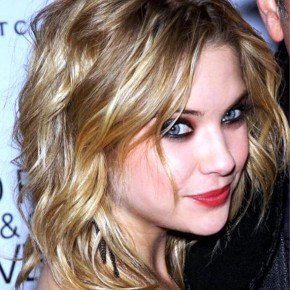 Medium Hairstyles By Ashley Benson