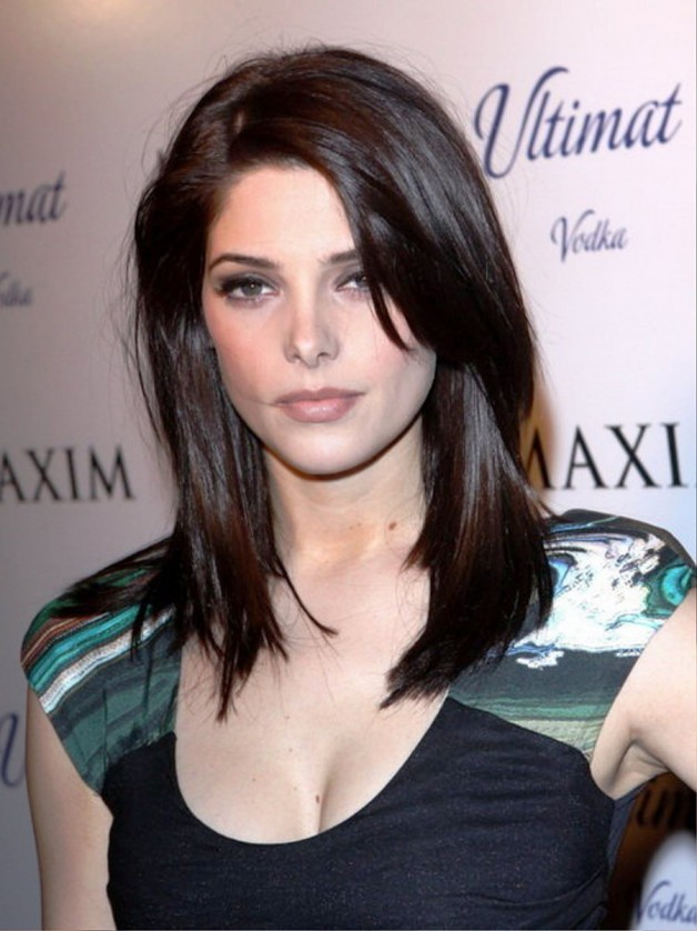 Medium Straight Hairstyles For Women 2013