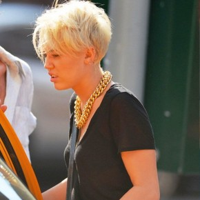 Miley Cyrus Short Pixie Haircut