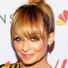 Nicole Richie Cute Knot Hairstyle