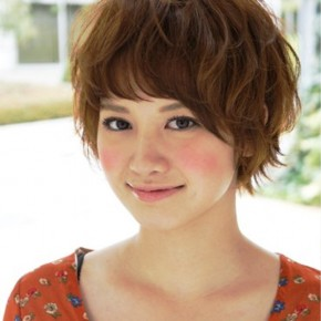 Popular Short Japanese Hair Style For Girls