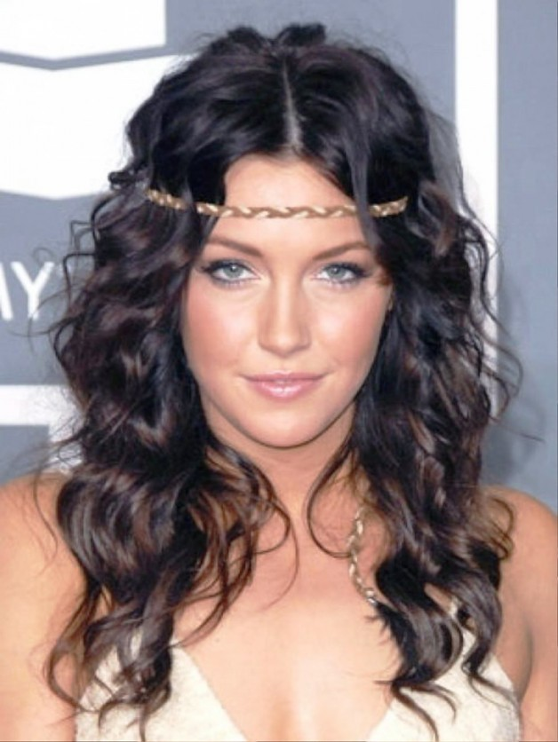 Prety Hairstyles For Curly Hair