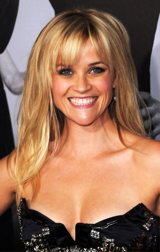 Reese Witherspoon Long Sleek Hairstyle With Bangs