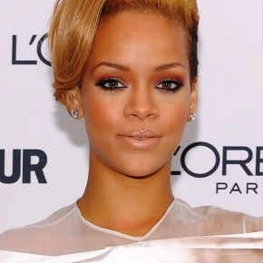 Rihanna Alternative Short Straight Hairstyle