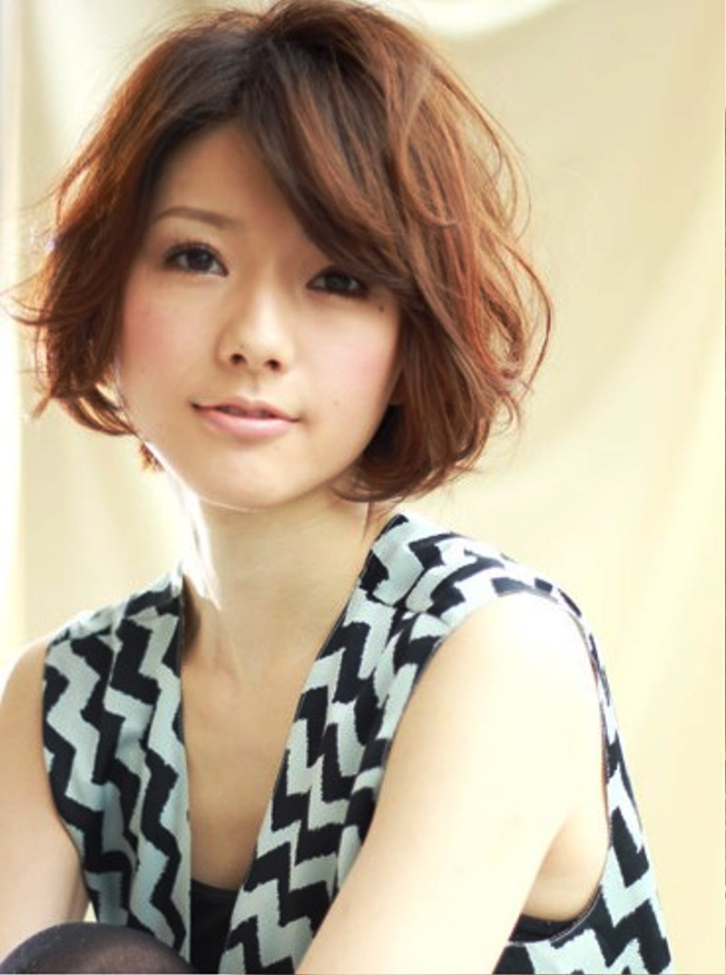 Pictures Of Romantic Japanese Haircut