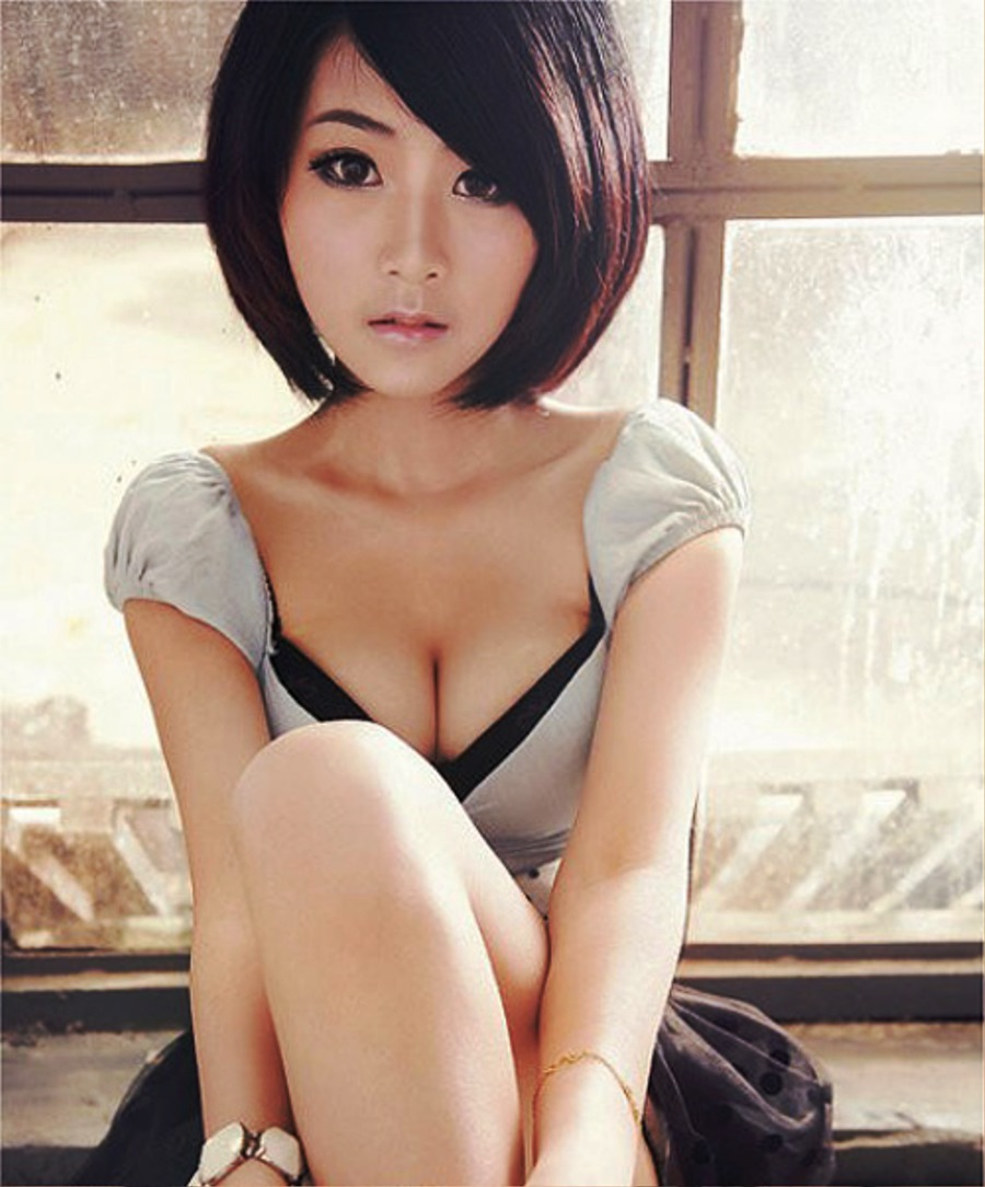 Pictures Of Sexy Asian Girl With Classic Short Bob Hairstyle