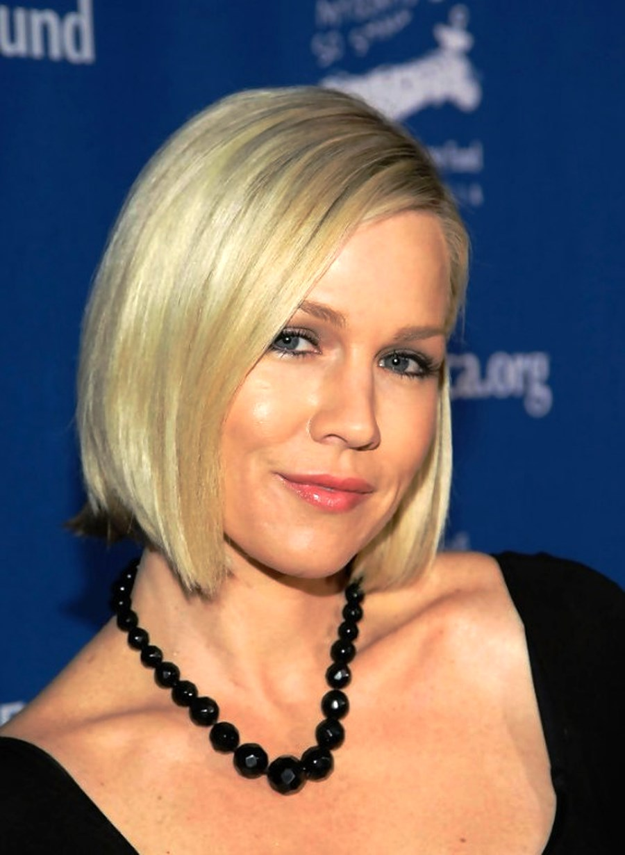 Superb Pictures Of Short Blonde Bob Hairstyle Hairstyles For Women Draintrainus