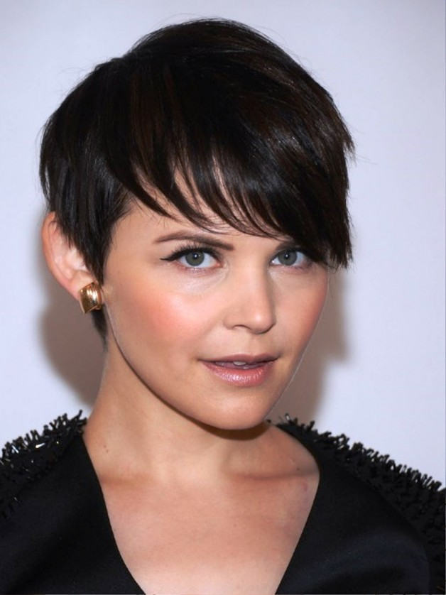 Short Straight Hairstyle 2013