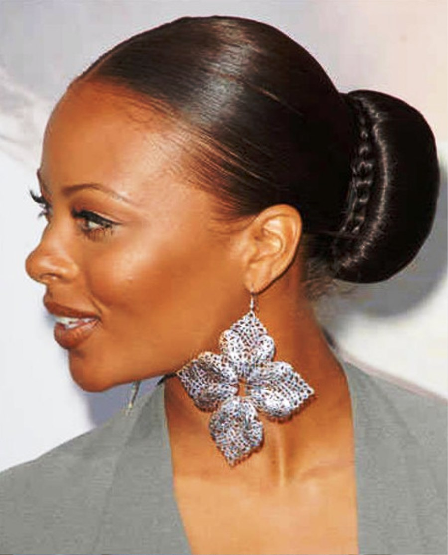 Pictures of Sleek Bun Hairstyle For Black Women