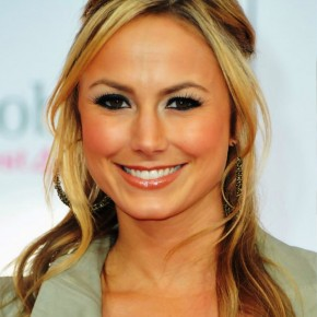 Stacy Keibler Casual Long Hairstyle With Loose Curls