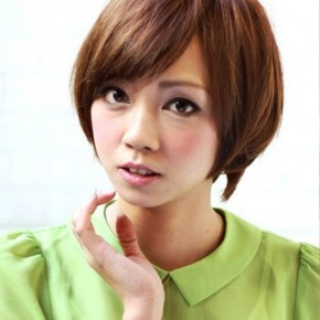 Stylish Short Japanese Hairstyle