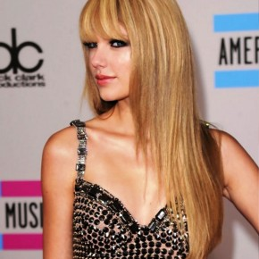 Taylor Swift Latest Long Hairstyle