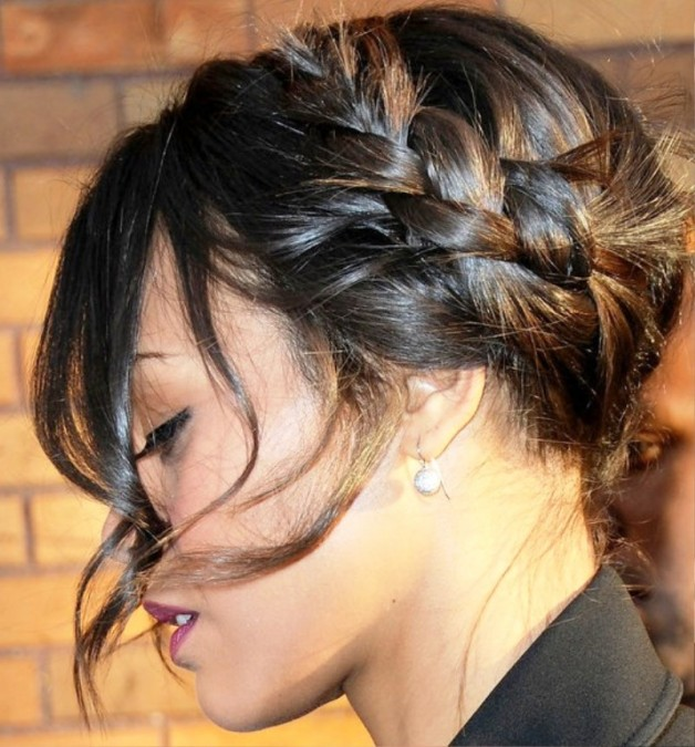 Trendy Braided Hairstyle With Bangs1