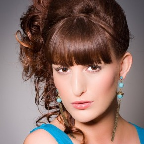Womens-Curly-Hairstyles-2012_13