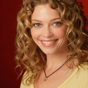curly-hair-trends-for-2011-1