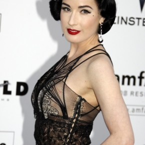dita-von-teese-short-retro-hairstyle-682x1024