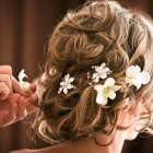 easter-wedding-hairstyle