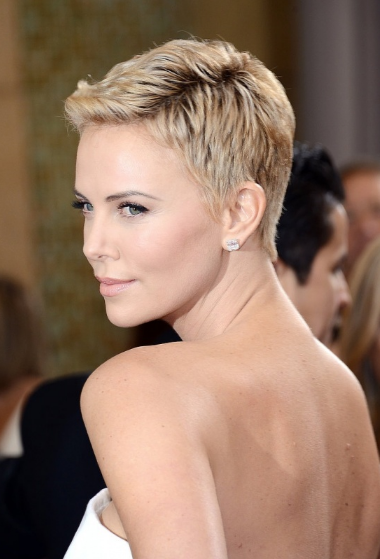 extra-short-hairstyle-women
