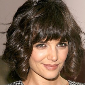 short-hair-with-bangs-hairstyle