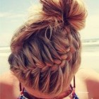 summer-twist-hairstyle