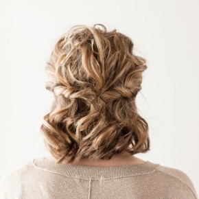 twisted-half-up-hairstyle