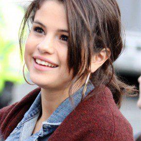 Selena Gomez Cut Messy Ponytail
