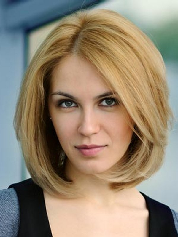 Pictures Of Short Hairstyles Thick Hair