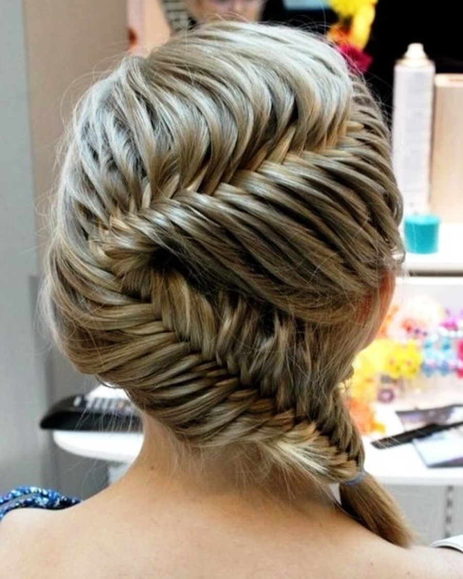 Beautiful French Fishtail Braid Hairstyle Hairstyles Ideas ...