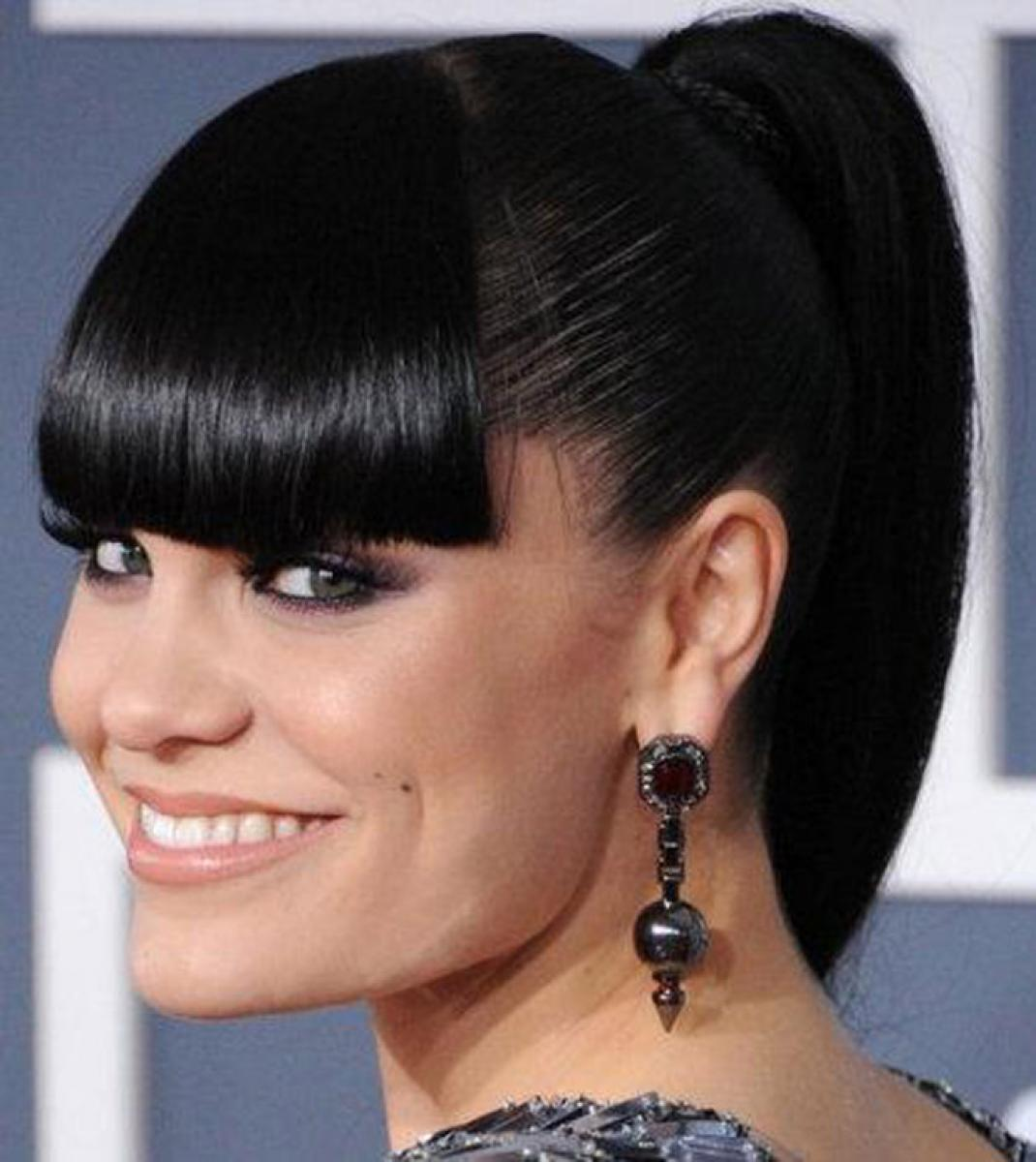 pictures of black hairstyles with bangs ponytail