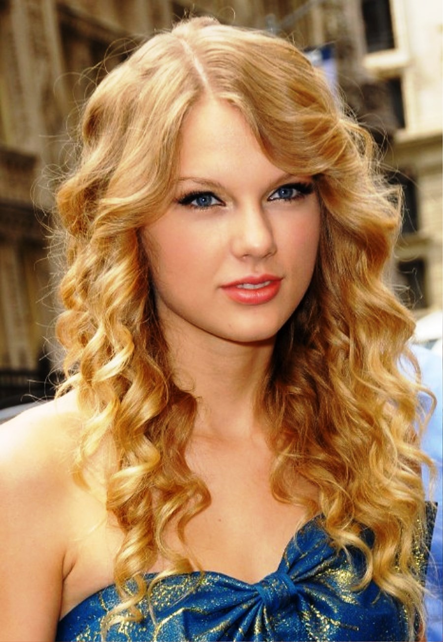 Celebrity Long Curly Hairstyles For Girls Hairstyles Ideas