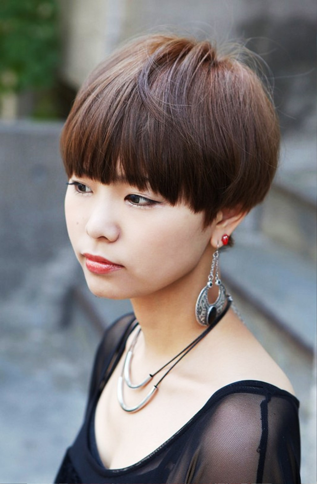 Pictures Of Cute Short Japanese Girls Hairstyle With Blunt Bangs
