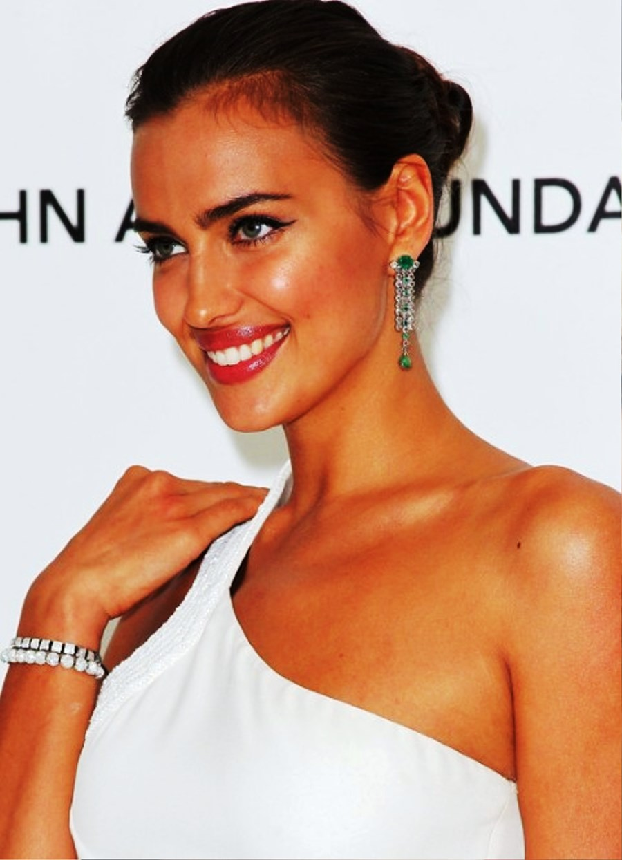 Pictures Of Irina Shayk Tightly Twisted Knot Updo Hairstyle