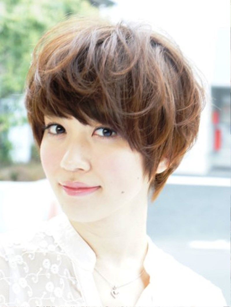 Pictures Of Japanese Short Hairstyle For Summer