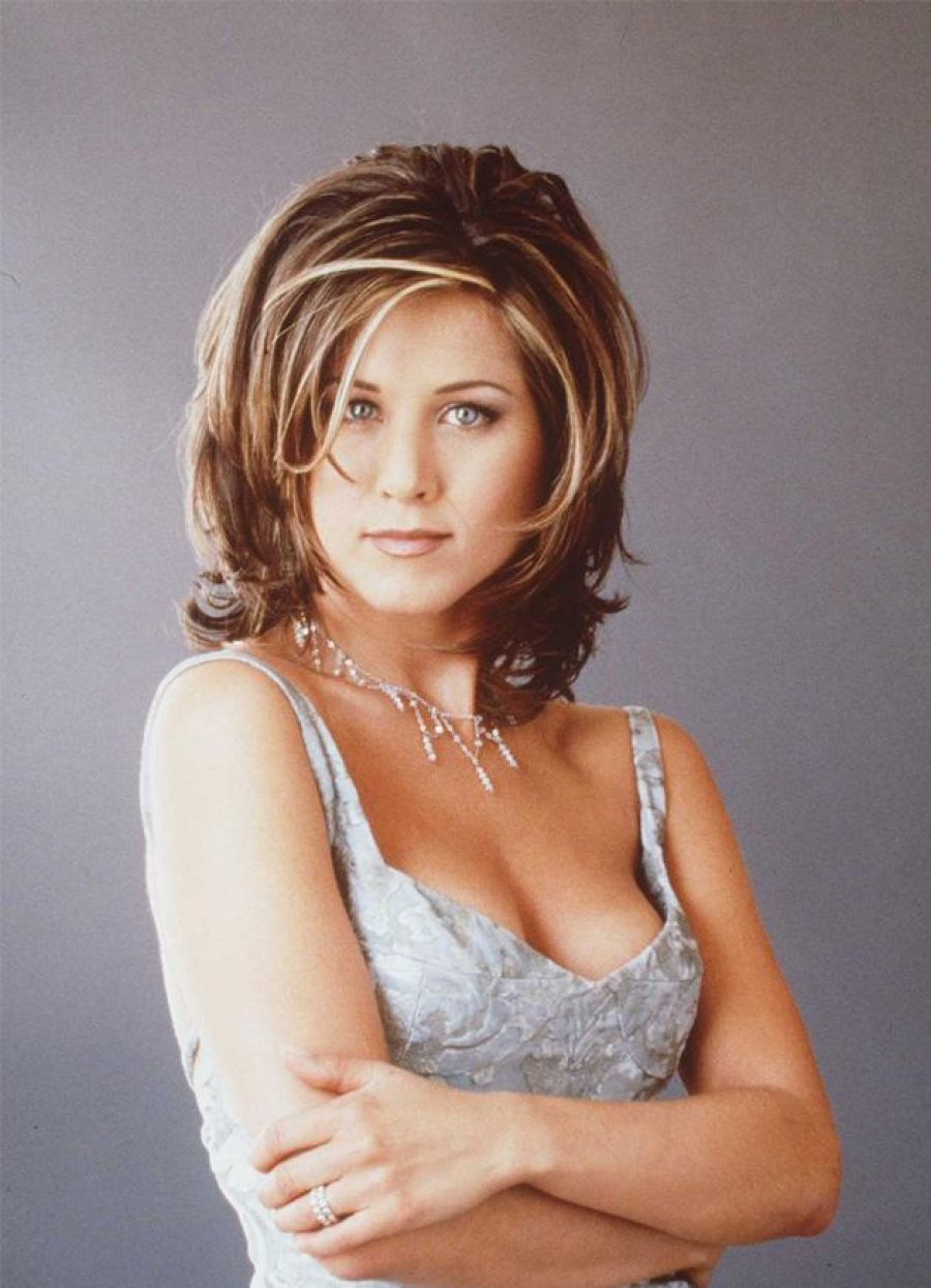 pictures of popular hairstyles in the 90s