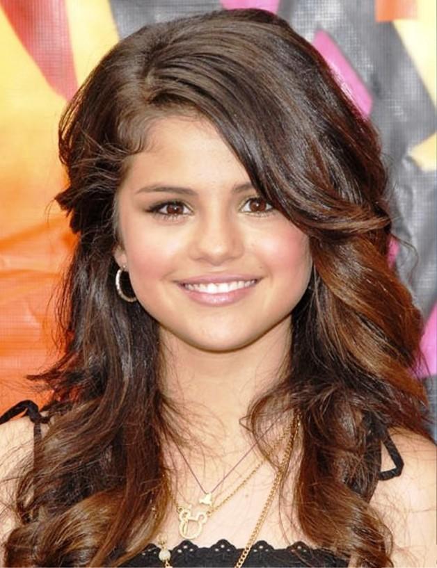 Selena Gomez Hairstyles 1