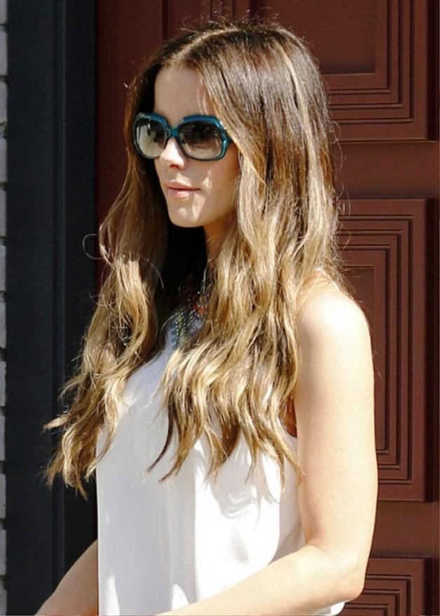 Stylish Fashion Long Wavy Hairstyles